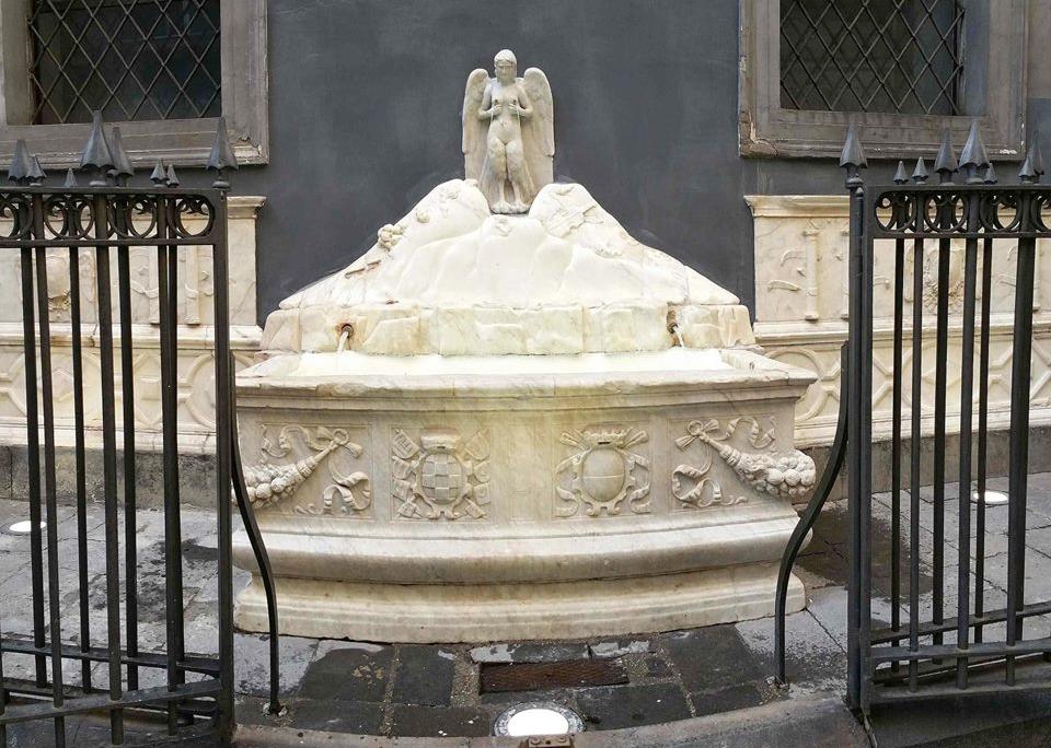 "Fontana di Spinacorona, fondana delle ""zizze"""