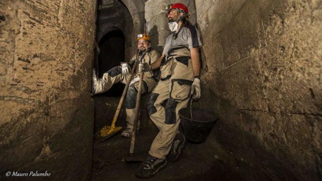 Risultati immagini per visite sotterranei maschio angioino