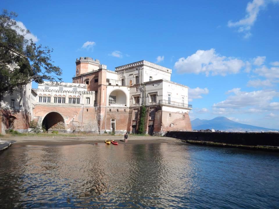 Tour in kayak: Napoli e le sue ville