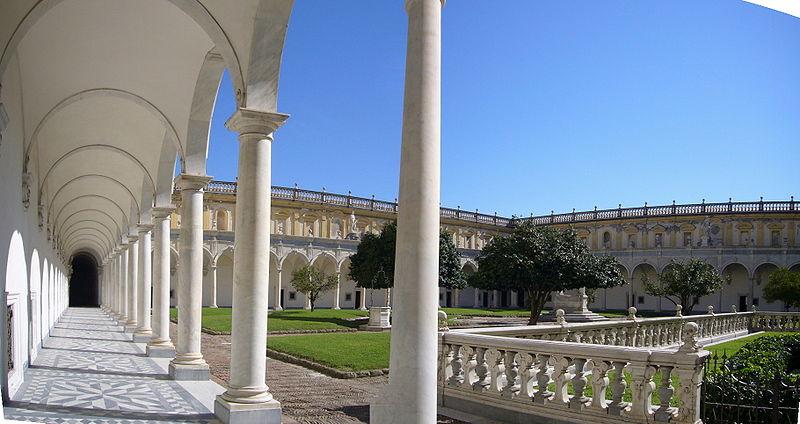 Cortile della Certosa di San Martino