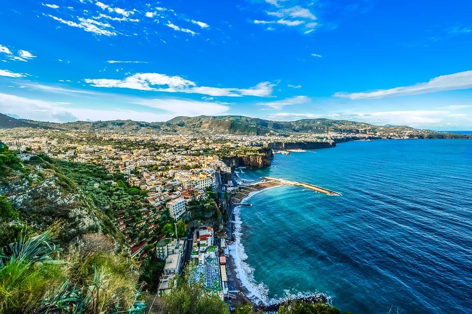 Costiera Amalfitana. Ponte ognissanti