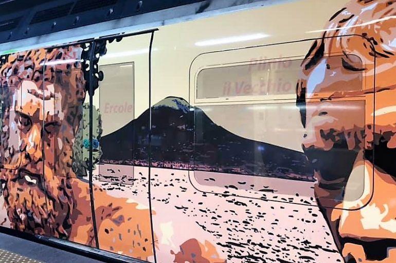 treni dell'arte a Napoli