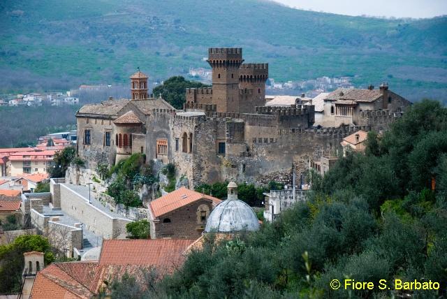 Castello Lancellotti, Lauro